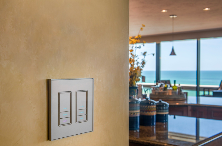 Siesta key condo interior with view of Vantage keypad