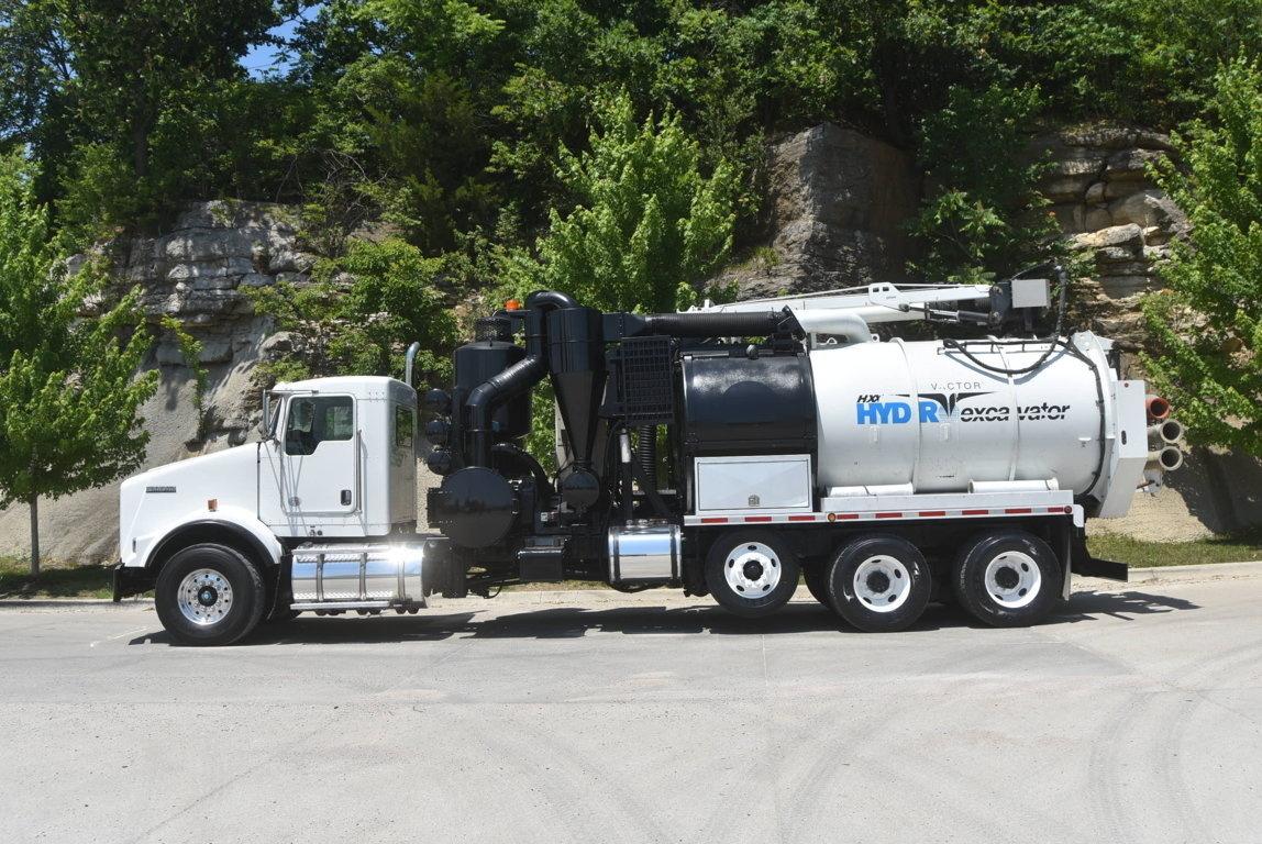 2013 Kenworth T800 8x4 Hydrovac Truck