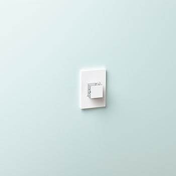 Pop-Out™ Outlet, 15A, 1-Gang, White