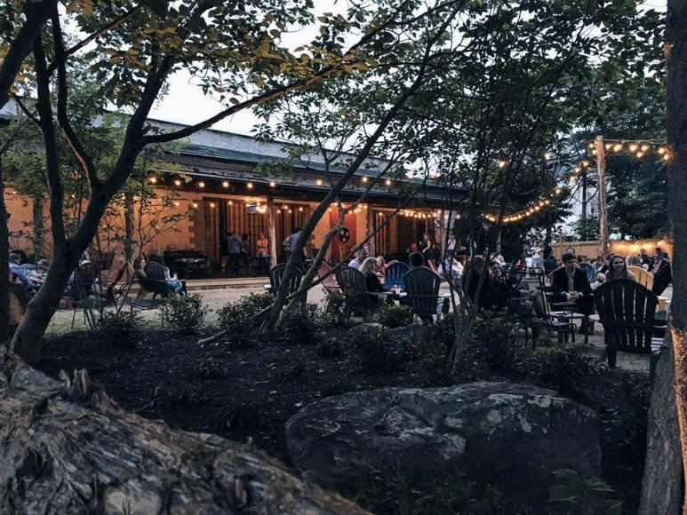 Loflin Yard opened in Downtown Memphis, bringing a casual eatery to the south side of Downtown that's like a big backyard play space (with drinks and music!) Image: Loflin Yard Facebook page