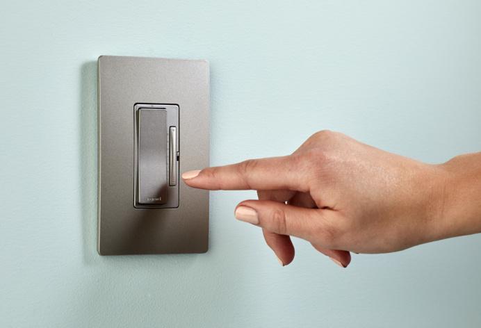 Hand dimming gray rf light dimmer