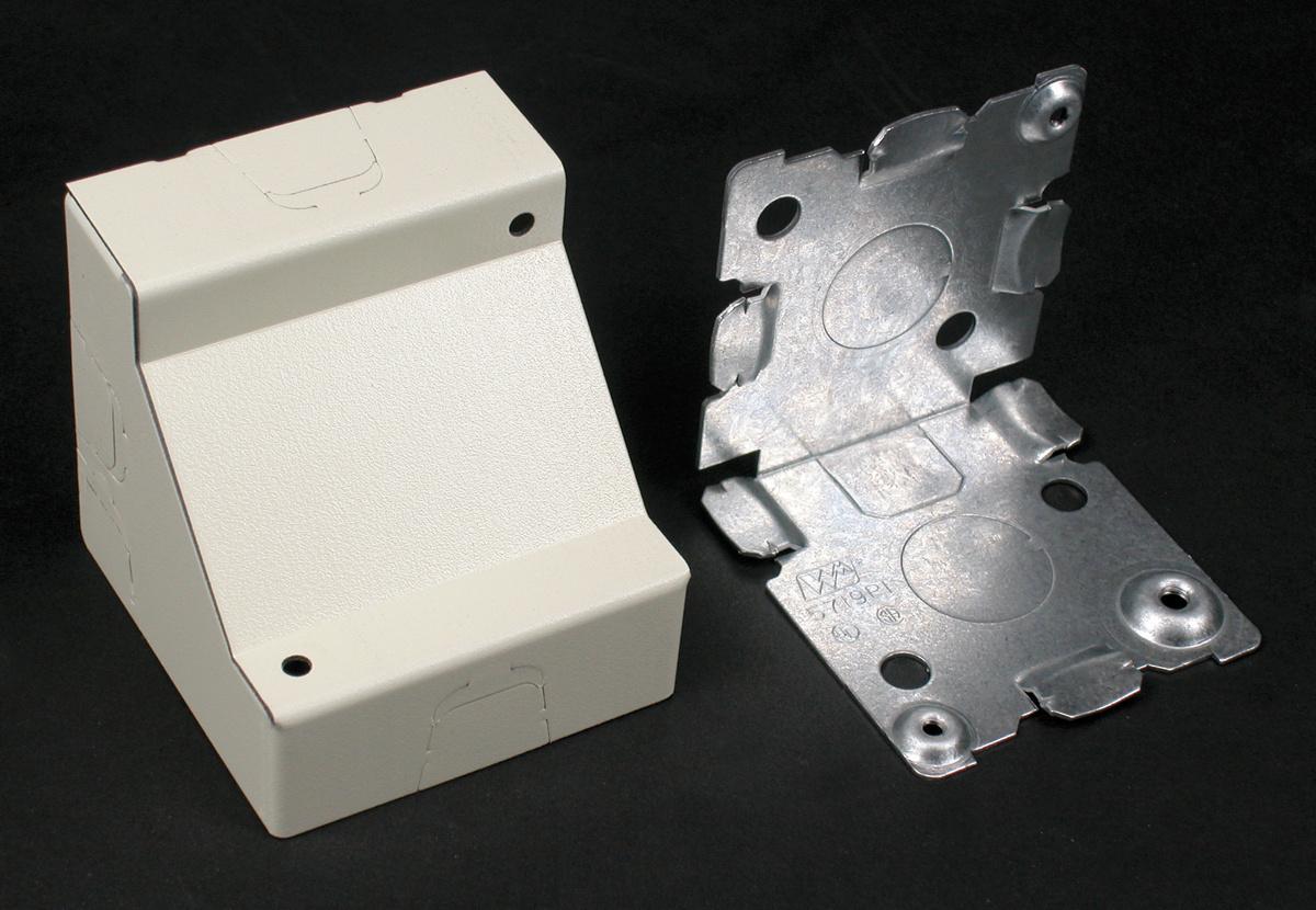 500/700 Corner Box Fitting, V5719, 5719WH   Legrand