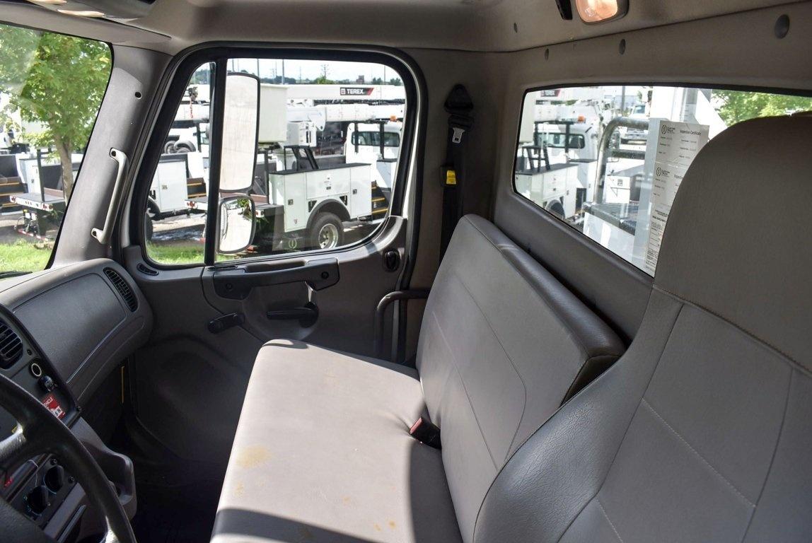 2015 Freightliner M2106 4x4 Terex Commander 4047 Digger Derrick