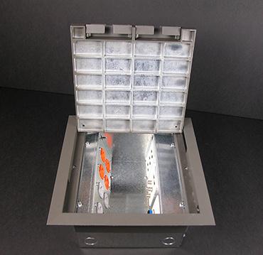 New! Wiremold Legrand AC10105-2  Floor Box w// cover 8 gang Diecast Zinc