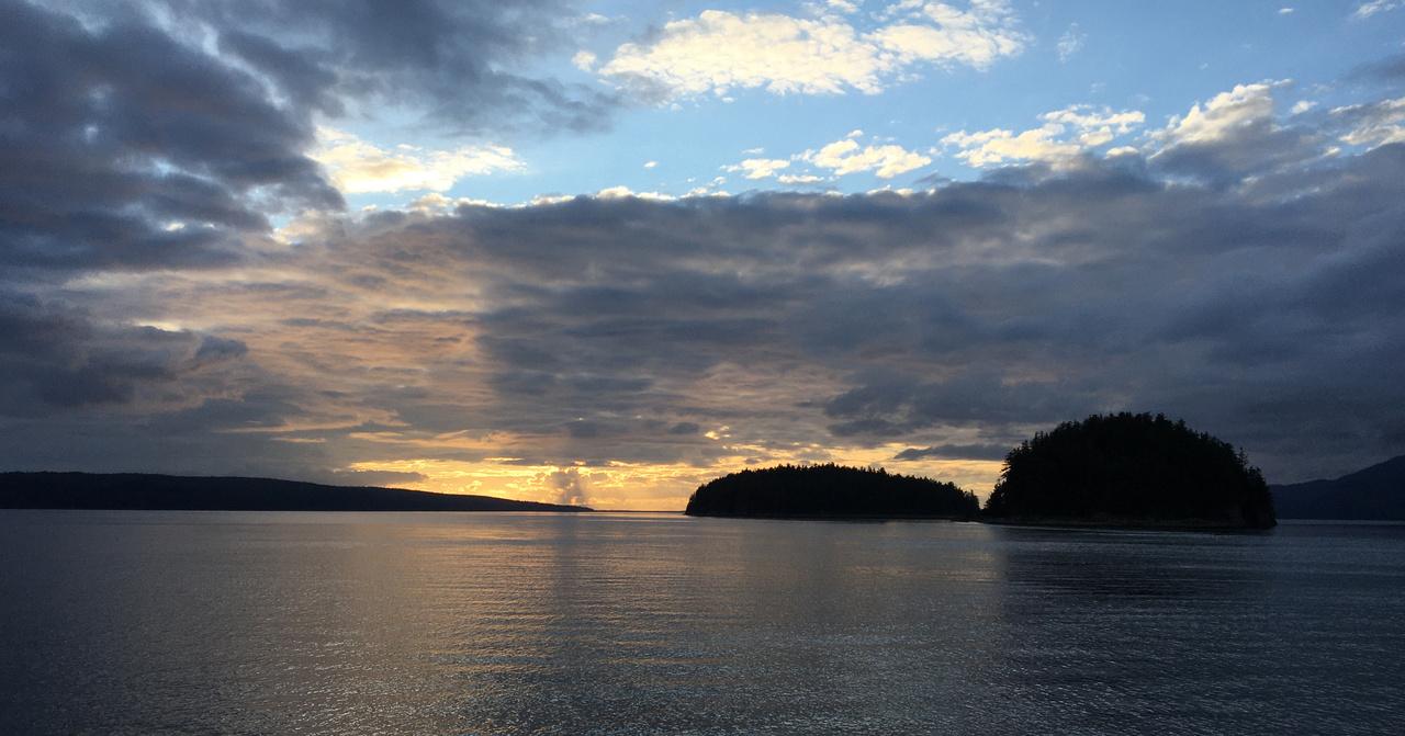 Sunset_Porpoise_Islands_Icy-Strait_Jim-Murphy.jpg