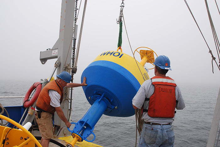 graphics--right-whale-buoy-launch-en_309795.jpg