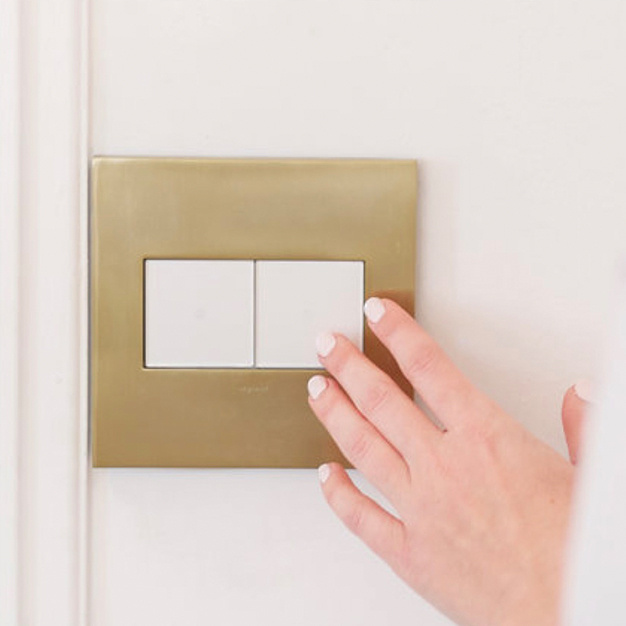 Gold wall plate with dimmers