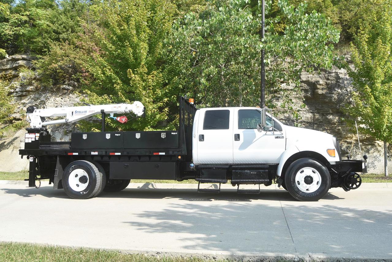 2013 Ford F750 4x2 Rail: Service Truck