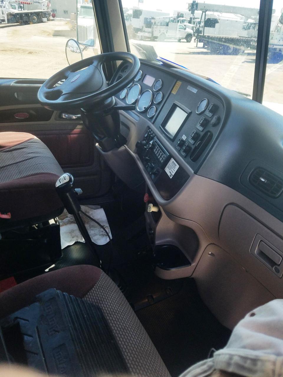 2013 Peterbilt 365 8x6 National NBT40142 Boom Truck