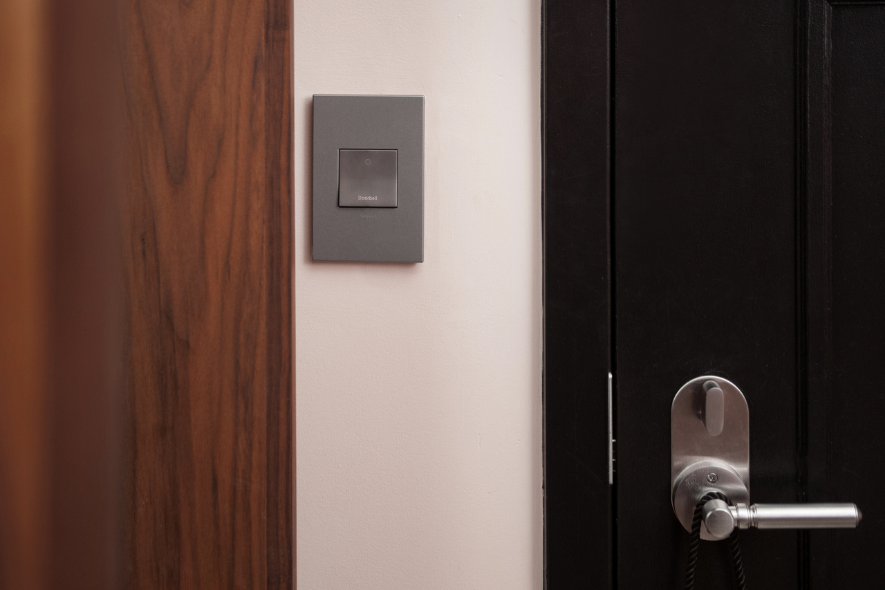 Doorbell in Use