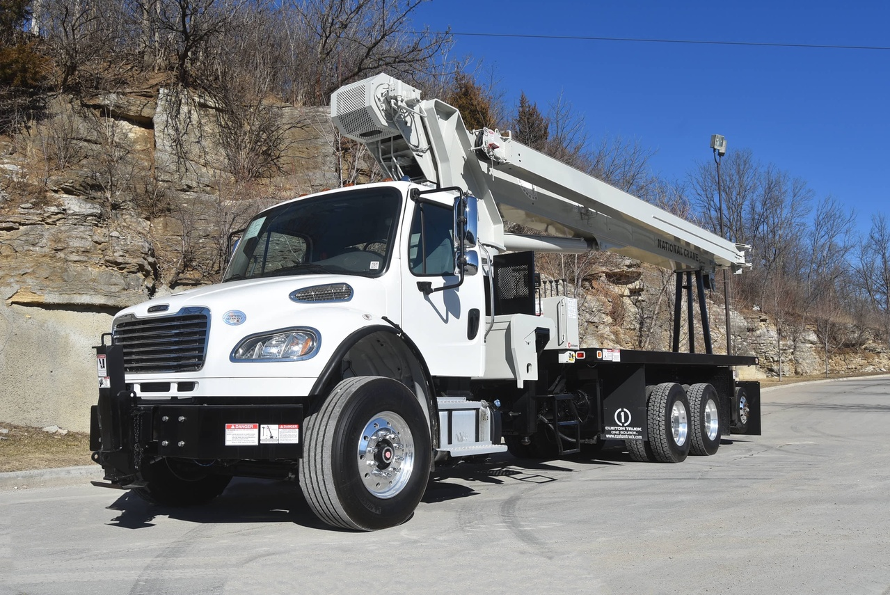 2020 Freightliner M2106 8x4 National NC14127H Boom Truck