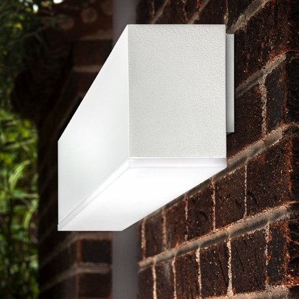 White Pinnacle Light on brick wall