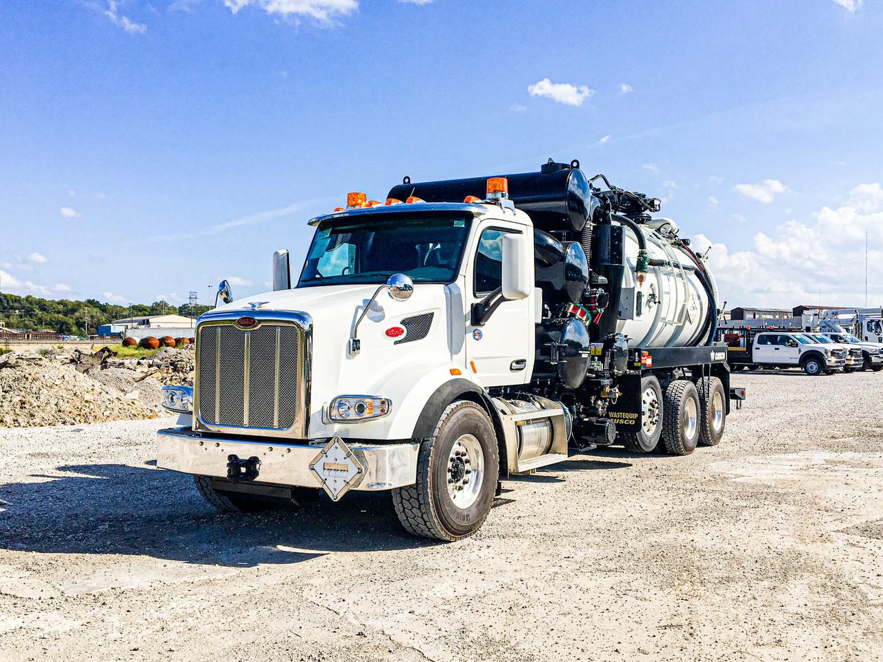 2020 Peterbilt 567 8x4 CUSCO TurboVac 3627B Hydrovac Truck
