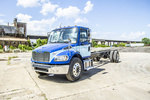 Freightliner M2106 4x2 Cab & Chassis 13.3K-21K NT24942 (6).JPG