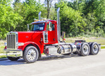 2019 Peterbilt 389 Road Tractor Daycab - Red (1).JPG