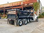 Peterbilt 348 10x4 Dump Truck PX9 370HP Load King 18 Foot Elliptical NT31363 (5).jpg