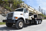 3AK80732 2003 Sterling LT9513 National 1400H Boom Truck 001.JPG