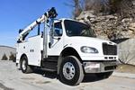 DHBX6045 (CTFW528) 2013 Freightliner M2106 IMT Service Truck 002.JPG