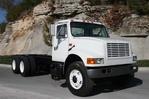 2001 IHC 4900 Cab & Chassis 6x4 16-40K 250HP 206WB (2).jpg
