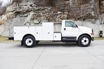 6V250366 2006 Ford F650 Service Truck 004.JPG