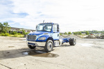 Freightliner M2106 4x2 Cab & Chassis 325HP NT25054 (1).JPG