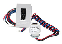 """DLM Dual cable connector for LMFC fixture integrated load controller with 1/2"""" KO"""