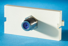 Series II, 1 F Connector F/F, 75 ohm, 180 degree, (1 GHz performance), Wiremold Ivory