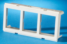 TRACJACK ADAPTER PLATE FOR FURNITURE OPENING, THREE-PORT, FOG WHITE