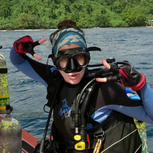 Brittany Huntington in scuba gear.