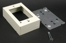 500/700 Switch and Receptacle Box Fitting