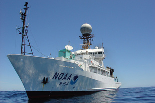 The NOAA Ship Ronald H. Brown at sea. Credit: NOAA.