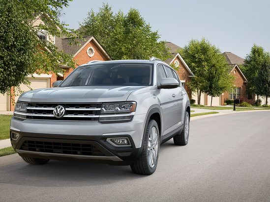 Best 3rd Row Suv 2017 >> The 2018 Volkswagen Atlas Was Recently Named The Best 3 Row Suv Of