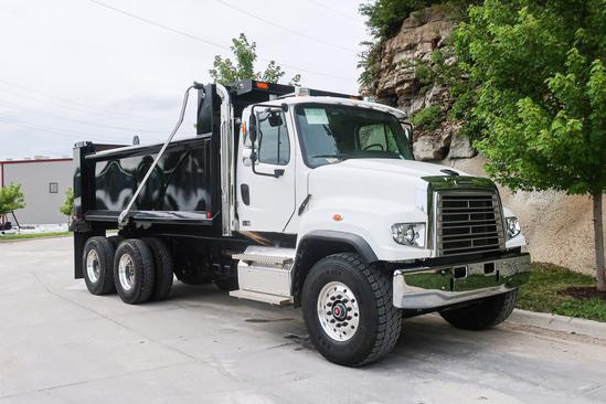 2020 Freightliner 114SD 6x4 Load King LK16SQDB Dump Truck
