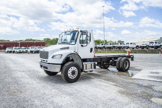 2021 Freightliner M2106 4x4 Cab & Chassis