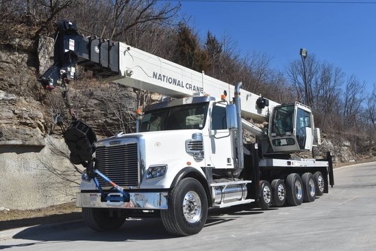 2011 Freightliner Coronado SD 12x4 National NBT55128 Boom Truck