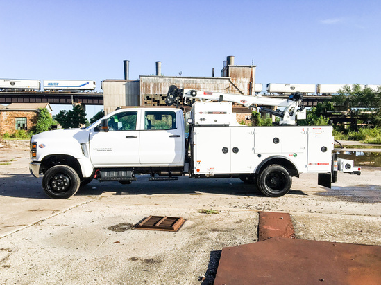 IMT DOM1SIII + 7500 ServiceTruck+Crane on 2019 Chevrolet 6500 4x4