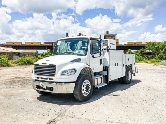IMT DOM2SIII + 10000 ServiceTruck+Crane on 2020 Freightliner M2106 4x2