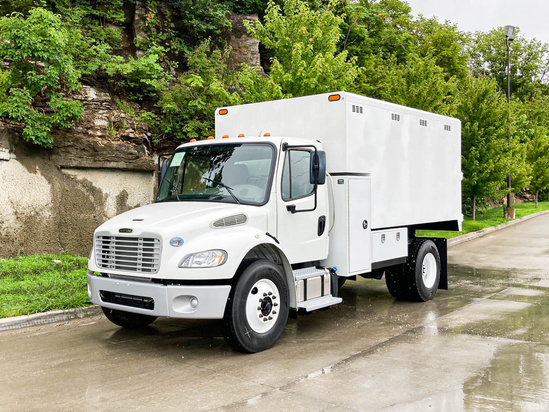 2019 Freightliner M2106 4x2 Load King 1472 Chip Truck