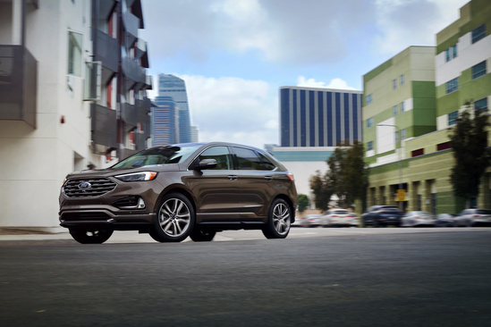 The Ford Edge Is One Of The Top Mini Suvs On The Market Right Now In Terms Of Value Ford Has Updated The Edge To Have All Of The Latest Technology And