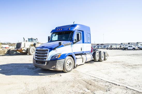 2020 Freightliner Cascadia 8x4 Tractor