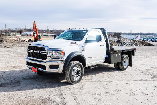 2019 Dodge Ram 5500 4x4 Flatbed Truck
