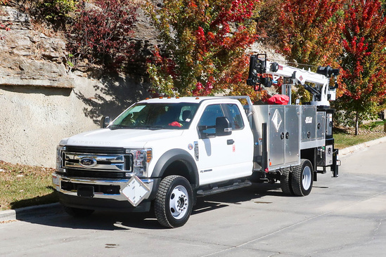 Load King Voyager P (6000) Propane Service W/Crane on 2019 Ford F550 4x4
