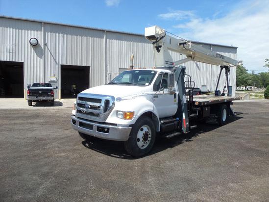 2013 Ford F-750 4x2 Terex BT3870 Boom Truck