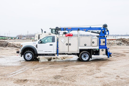Load King Voyager P (6000) ServiceTruck+Crane on 2021 Ford F550 4x4