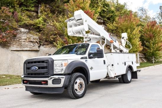 2015 Ford F550 4x4 Terex LTM40 on F550 4x4 Bucket Truck