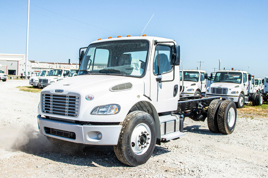2019 Freightliner M2106 4x2 Cab & Chassis