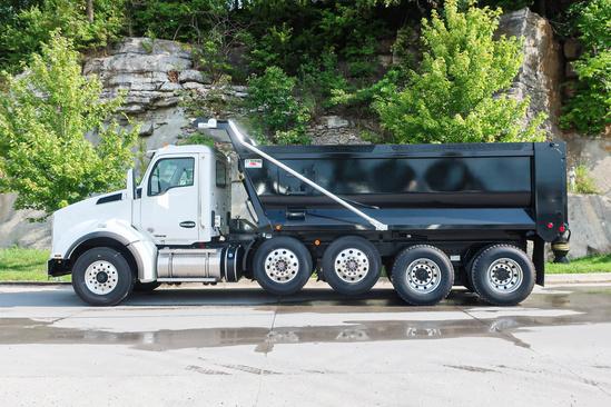 2020 Kenworth T880 10x4 OX BODIES 18' 6 Stampede Dump Truck