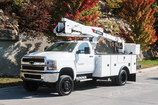 2019 Chevrolet 5500 4x4 Terex LT40 Bucket Truck