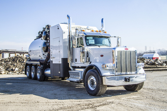 2020 Peterbilt 389 8x6 Tornado Global F4 ECOLITE Hydrovac Truck