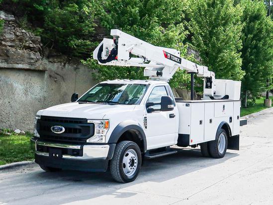 2021 Ford F550 4x4 Terex LT40 Bucket Truck